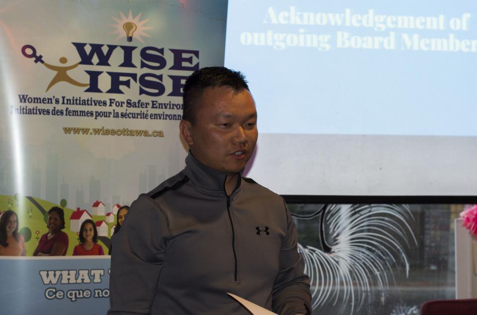 Kewei speaking